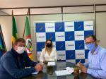 Imagem ilustrativa da notícia: Famurs recebe prefeita de Fortaleza dos Valos