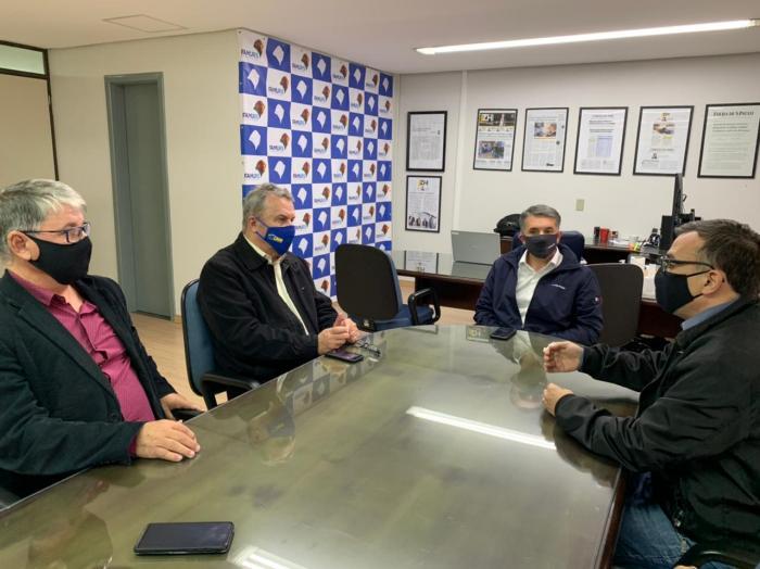 Imagem ilustrativa da notícia: Presidente da Famurs recebe comitiva da prefeitura de Barra do Ribeiro e debate a geração de empregos na região