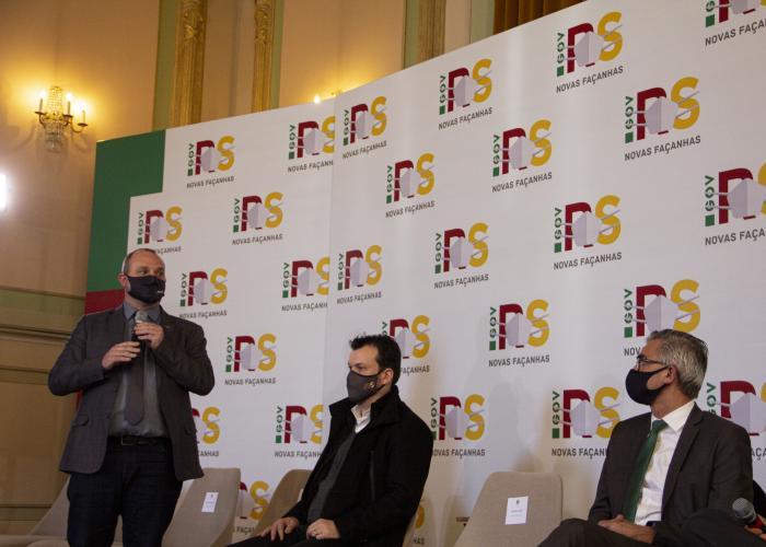 Imagem ilustrativa da notícia: Famurs reúne prefeitos da Amzop, Amau e Amuceleiro para primeira reunião do GT Corsan no Palácio Piratini