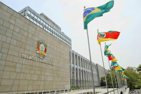 Imagem ilustrativa da notícia: Governo atende pedido da Famurs e retira de urgência projeto da regionalização do saneamento