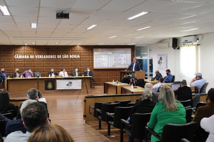 Imagem ilustrativa da notícia: Bonotto apresenta palestra sobre atividades da Famurs no Estado durante evento da União dos Legislativos da Fronteira Oeste