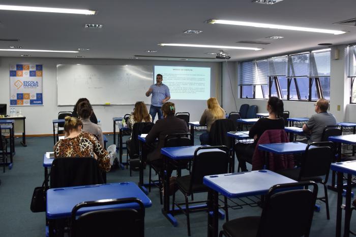 Imagem ilustrativa da notícia: Escola Famurs capacita mais de 1.200 servidores municipais desde julho